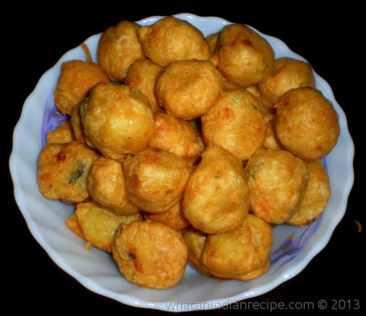 Aloo Kachori Recipe
