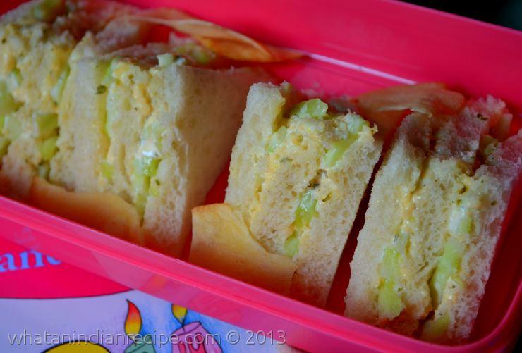 Mini Cucumber-Mayonaise Sandwich Recipe